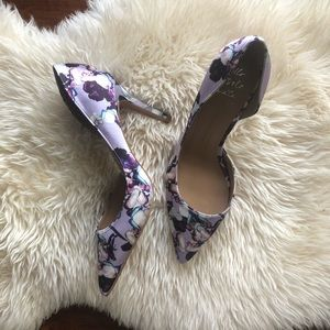 Banana Republic purple floral heels size 9